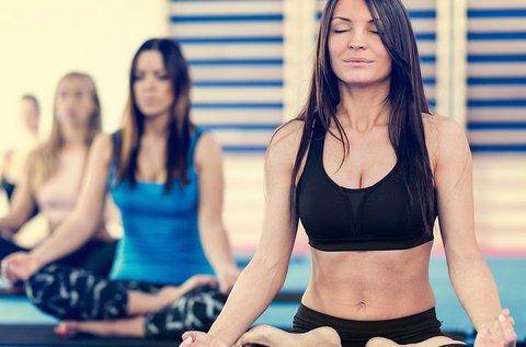 5 alkalmas altesterősítő női jógabérlet