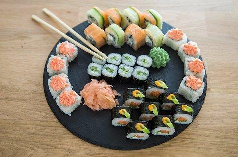 32 db-os aranyhal sushi válogatás