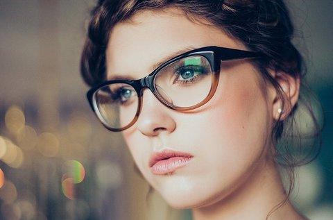 Komplett szemüveg készítése trendi kerettel