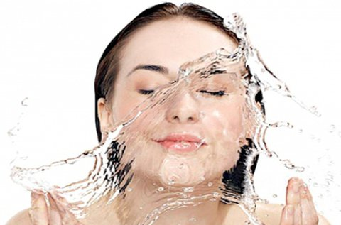 AquaPeel vízsugaras hidrodermabrázió