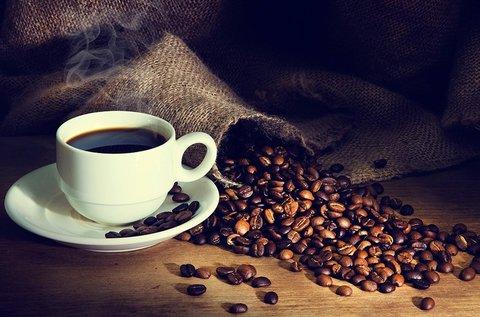 Pörkölőüzem látogatás kávékóstolással