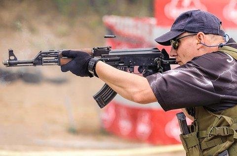 Roncslövészet AK-47-es gépkarabéllyal
