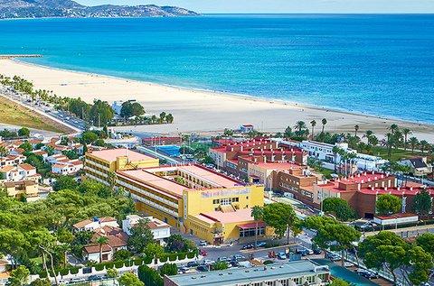 Téli feltöltődés Costa Braván teljes ellátással