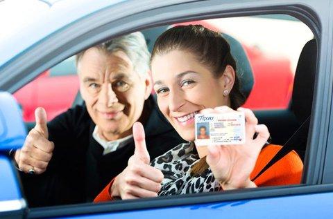 B-kategóriás jogosítvány 30 óra vezetéssel