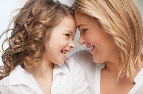 Szépüljetek együtt anya-lánya hajvágással!