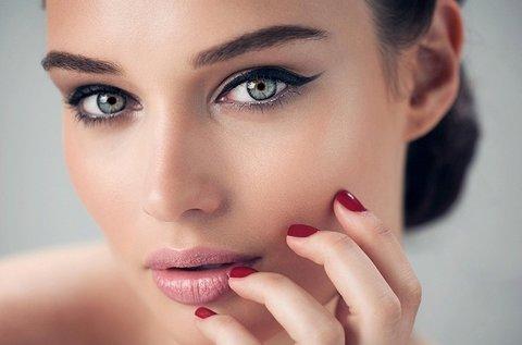 Hydroabráziós arccsiszolás tű nélküli mezoterápiával