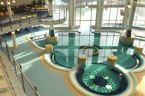 Pihentető napok Sárváron wellnessfürdő belépővel