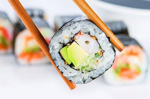 5 féle sushi kombináció friss japán alapanyagokból