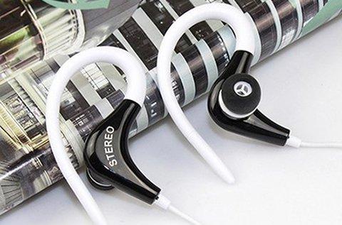 Sport fülhallgató mikrofonnal, fehér színben