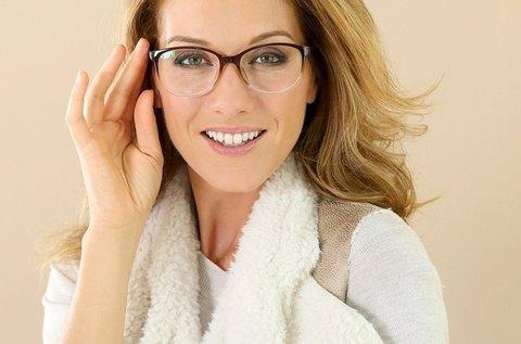 Szemüveg készítés normál Hoya lencsékkel