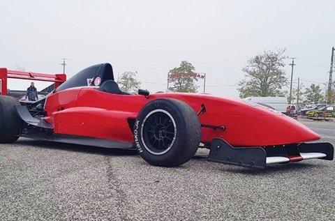 4 körös Formula Renault 2.0 élményvezetés