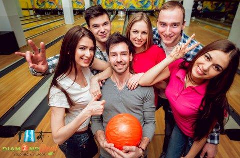 2 óra bowlingozás nachos fogyasztással 6 főnek