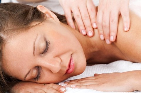 60 perces fájdaloműző kézi nyirokmasszázs