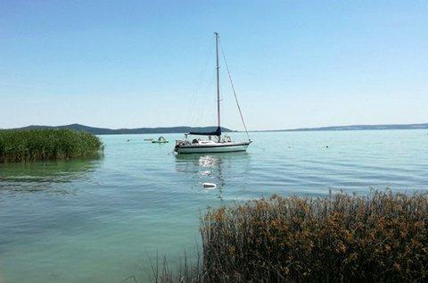 2 órás élményvitorlázás a Balatonon kapitánnyal