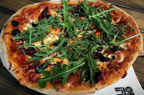 2 db 30 cm-es nápolyi vékony tésztás házi pizza