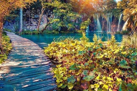 Utazz a festői szépségű Plitvicei-tavakhoz!