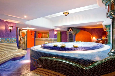 Marokkói hangulatú wellness pihenés Hévízen