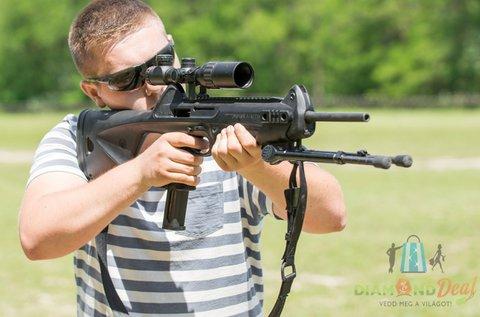 Csoportos élménylövészet 9 mm-es fegyverekkel
