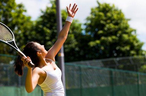 5x1 órás tenisz oktatás akár 4 főre felszereléssel