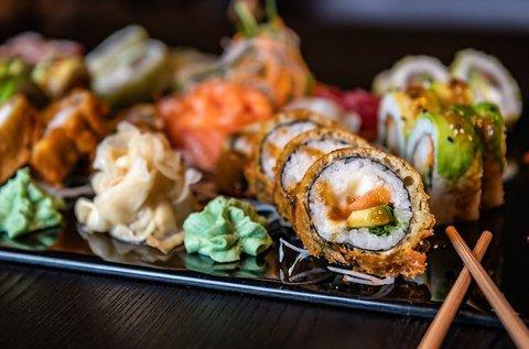 36 db-os tavaszváró sushi válogatás
