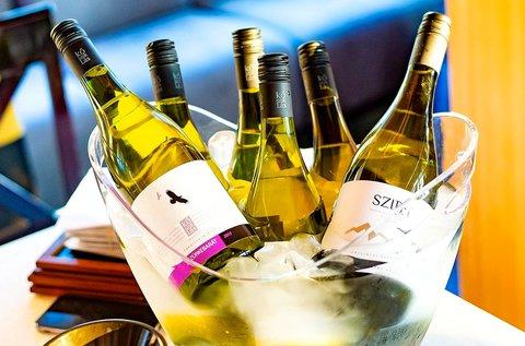 Winelovers tematikus borkóstolók a belvárosban