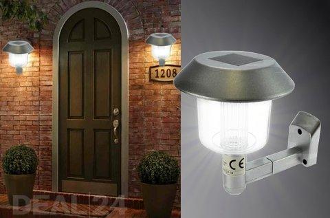 Napelemes fali lámpa időjárásálló házban