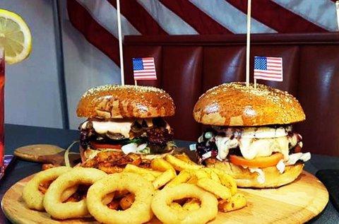 Amerikai burger menü körettel és itallal 2 főnek