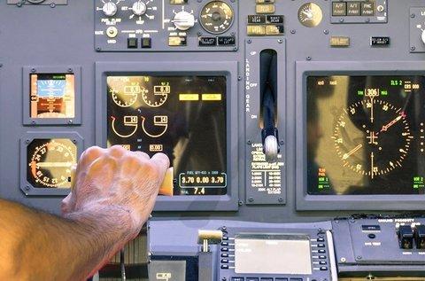 1 órás repülőgép szimulátor vezetési élmény