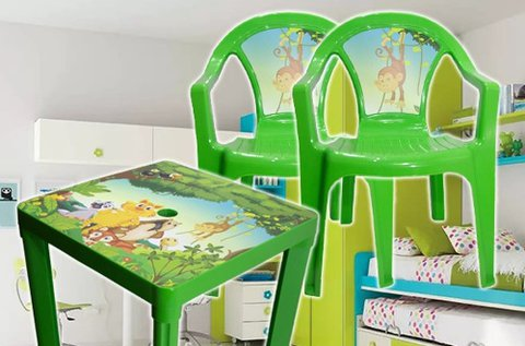 Műanyag kerti asztal gyerekeknek 2 db székkel