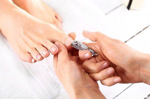 Gyógypedikűrözés az ápolt lábakért hölgyeknek