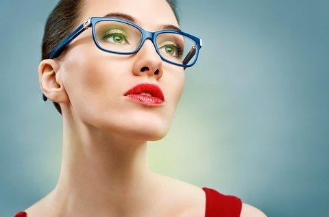 Szemüvegkészítés trendi Retro márkájú kerettel
