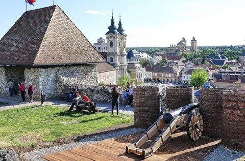 Őszi wellness élmények az Egri vár felett