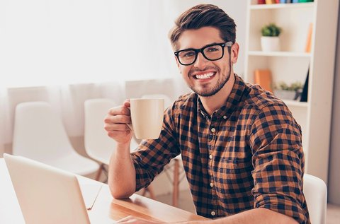 Komplett monitorszűrős szemüveg látásvizsgálattal