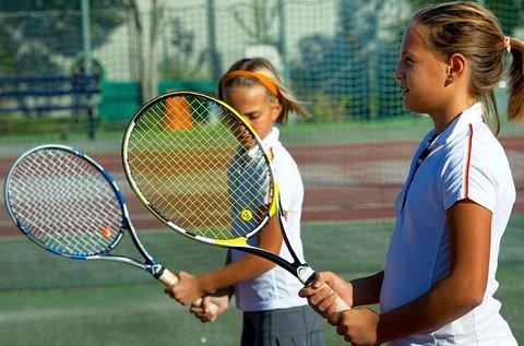 5 napos napközis tenisz- és sporttábor strandolással