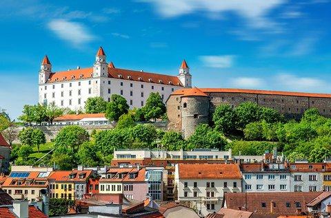 Buszos út a Schlosshof kastélyhoz és Pozsonyba