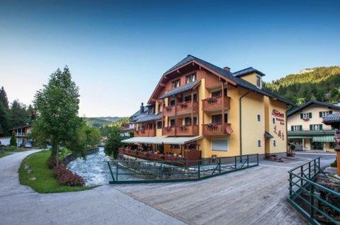 Ausztriai lazítás élmény- és erdei fürdő belépővel
