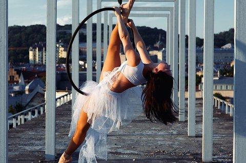 Ariel hoop vagy silk légtornász karika órajegy