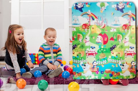 Színes, mintás játszószőnyeg gyerekeknek