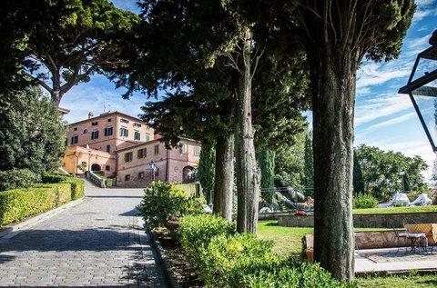 Tavaszi vagy őszi romantika San Miniatóban