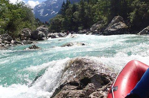 Vadvízi gekkózás 1 főnek a szlovéniai Soca-folyón