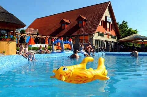 Nyárköszöntő pihenés a Balatonnál, Gyenesdiáson