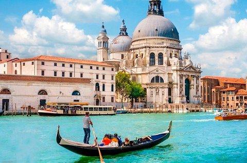 Élménydús buszos utazás 1 főnek Velencébe