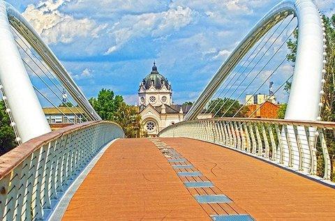 Élményteli gyógyfürdőzés a Tisza partján, Szolnokon