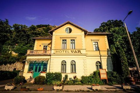 Főúri wellness élmények Visegrádon