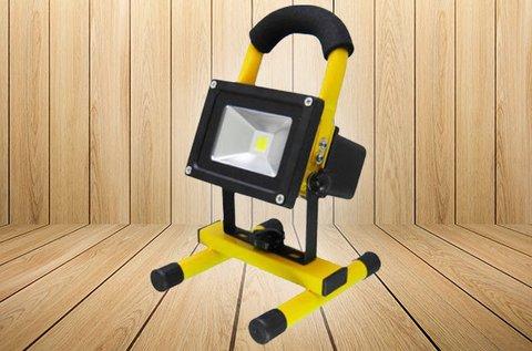 Hordozható LED reflektor akkumulátorral